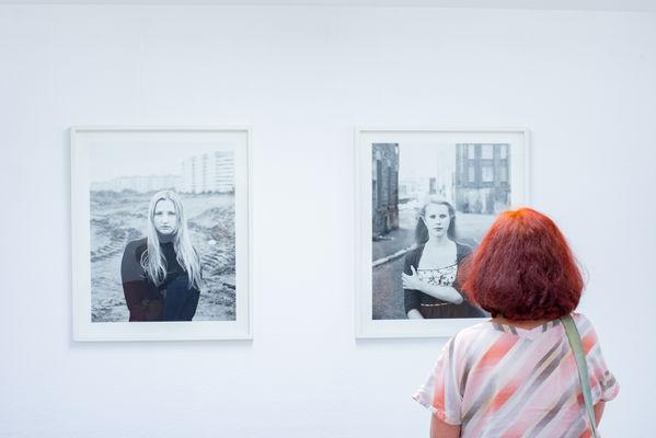 Galerie Fenster - Vernissage Monalisen der Vorstädte, Foto: Torsten Stapel