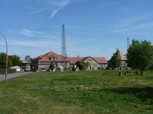 Freifläche vor dem Sender- und Funktechnikmuseum, Foto: Petra Förster, Lizenz: Tourismusverband Dahme-Seenland e.V.