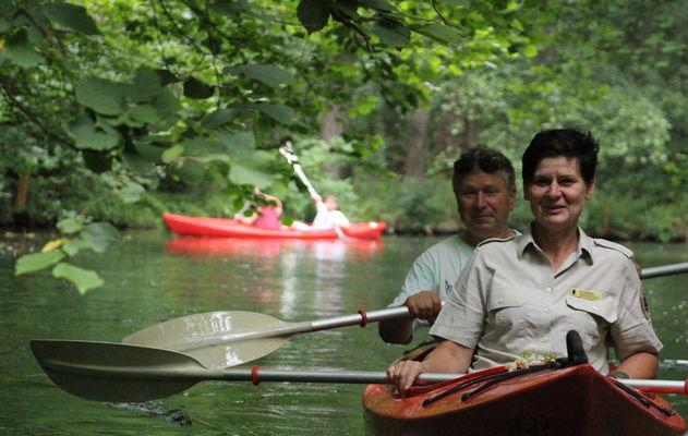 Mit Rangerin Sibylle Lohmann auf Ranger-ErlebnisTour durch das Fließlabyrinth des Spreewaldes; Foto: Carolin von Prondzinsky