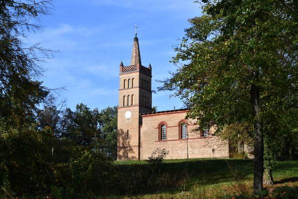 Stadt Werder (Havel) - Kirche in Petzow