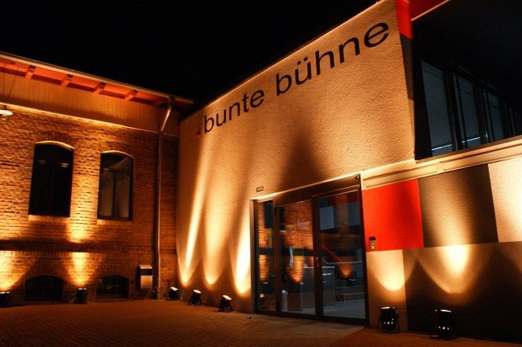 Bunte Bühne, Foto: LÜBBENAUBRÜCKE